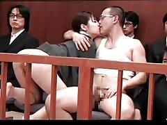 Shoko y sakura se la follan por no su hijo en la corte