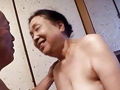 Reiko kurosaki: parte 1 - fin de semana en izu hanto