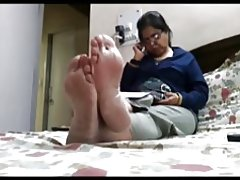 Pies calientes candid (plantas de los pies y dedos de los pies)
