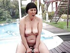 Abuela en calor... f70