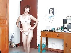 Anciana China bailando