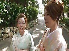 Paciencia de una mujer de belleza - mikami