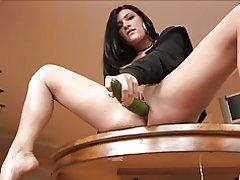 Morena madura caliente - pepino profunda Consolador grande