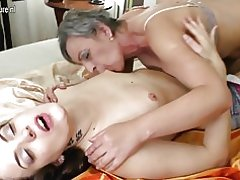 Soy madre folla a chica joven lesbianas