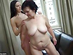 Oldnanny chica masturbarse coño de abuela peludas
