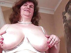 Bbw madura madre con unshaved coño