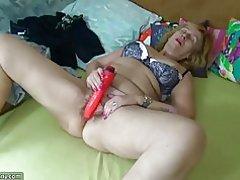 Oldnanny granny peluda y cachonda madura, lesbiana Escena