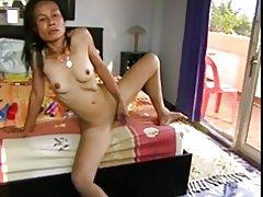 Masturbación asiática madura