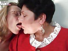 Lesbianas cachondas granny de películas divertidas