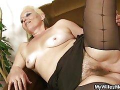 Sexo taboo madre inlaw después de la sesión fotográfica