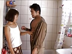 Erotica del softcore de esposa asiática