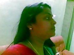India tía 1097