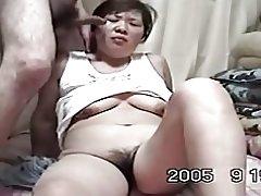 Casera madura cpl asiático encanta follar (sin censura)