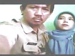 Indonesio-partera velado