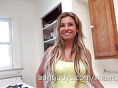 Milf sexy delgada entrevistas de luv de alana para auntjudys.com