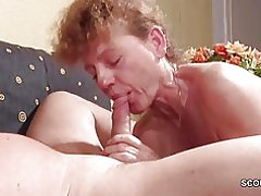 Año 47 alemán viejo flaco milf seducir para follar por extraño